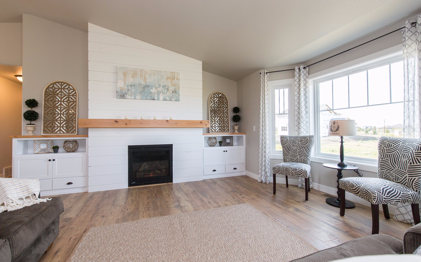 13-shiplap-fireplace.jpg